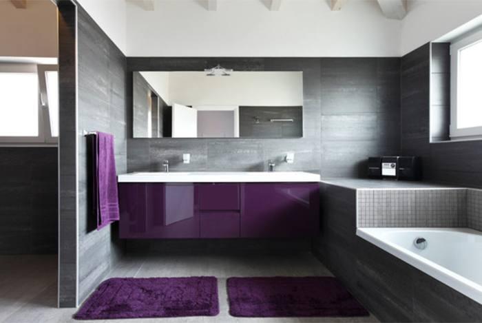 trang trí phòng tắm màu tím